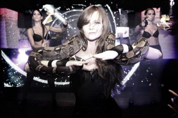 Lia Vinova - Circus Cabaret