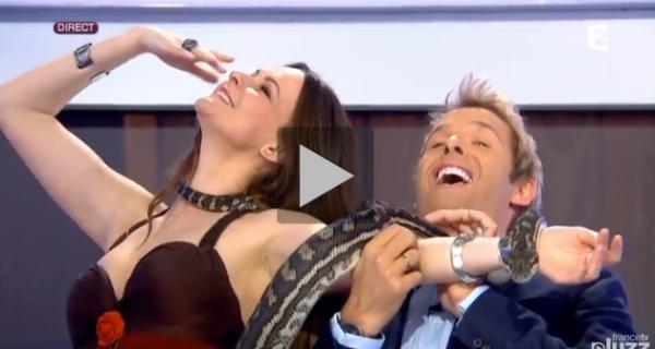 La charmeuse de serpent invitée de l'émission c'est au programme de France 2
