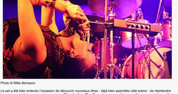 Mad Chronique - 2018 Lia Vinova et Django pour le concert de La Danse du Chien - Photo © Milla Morisson